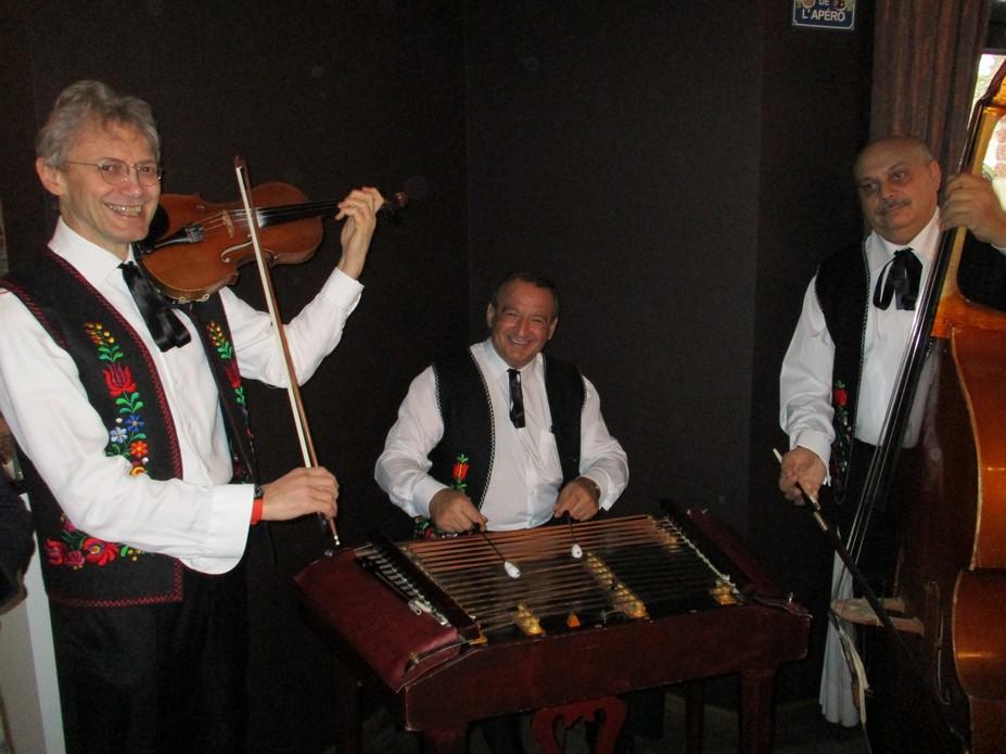 PIROSKA trio with Janos Csikos on cymbalom