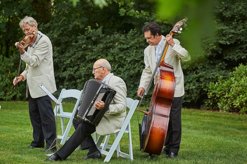 huwelijksceremonie met trio Piroska