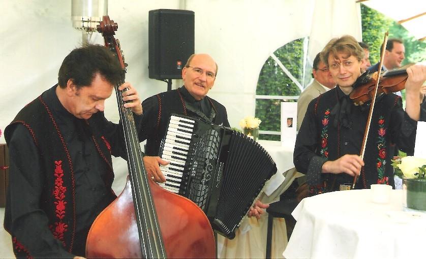 PIROSKA trio zigeunermuziek