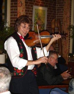 violinist PIROSKA trio